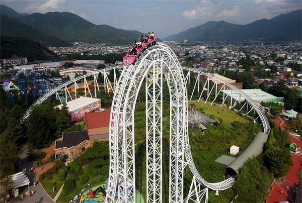 玩的就是心跳 世界上最恐怖的十大过山车