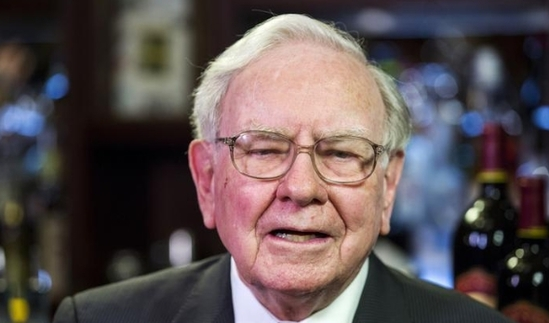 2月27日,股神巴菲特旗下的伯克希尔哈撒韦公司如期公布2015年财报。财报显示,伯克希尔哈撒韦公司去年净利润240亿美元,同比增21%。若剔除卡夫亨氏和其他投资收益,经营利润为174亿美元。