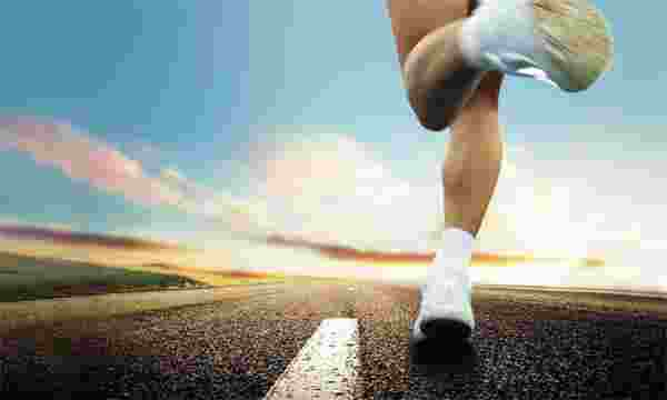 """财・发现:""""跑步升级""""的健身消费[图]"""