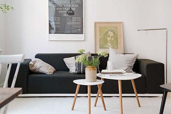 北欧风 16图纯白一居室公寓   干净的白色墙面与颜色非常浅的木地板