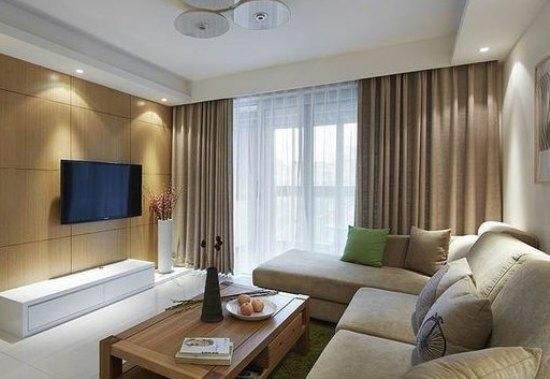 家装风格:跟设计师讲过,客厅不必要太复杂,只简单舒适就好,本身我们都不是喜欢复杂的人,看过好多人家的电视背景墙都装的好花哨,觉得这一块更是没必要。