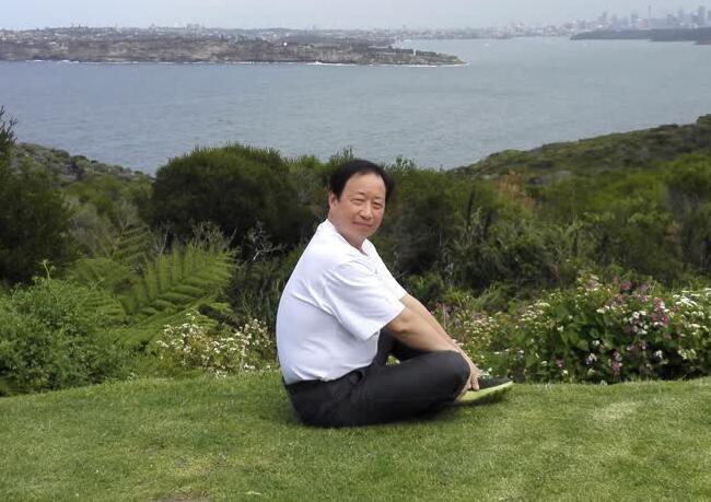 陈杭飞:人类要给人工智能立规矩