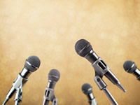 金融工作会议聚焦风险防范 强调风险处置