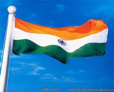 """""""废钞令""""掣肘印度经济增长"""