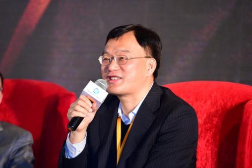 深交所副总经理李鸣钟:夯实监管基础 提升监管效能