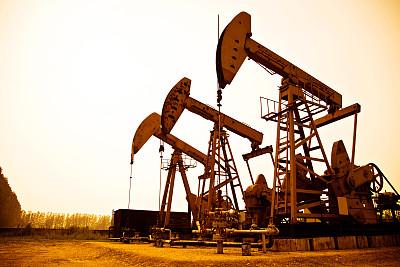 原油 暂无明确方向