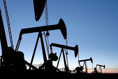 原油生产面对飓风亦俯首称臣