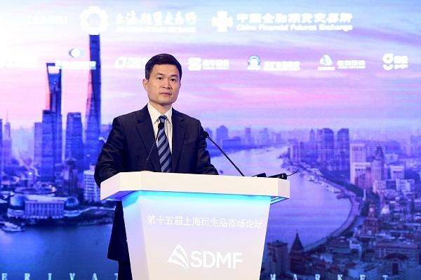方星海:红筹科技公司发CDR很快成行 争夺年内推出沪伦通首款产物
