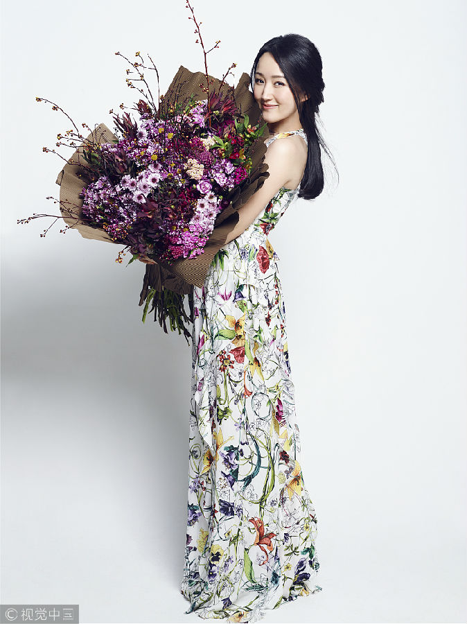 娱乐圈中可爱又甜美的女星:张含韵吴倩唐嫣上榜 谁更讨人喜欢?