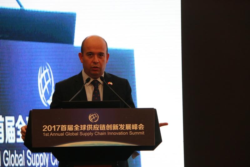 墨西哥投资贸易局贸易专员亚历杭德罗·加西亚·卡萨斯