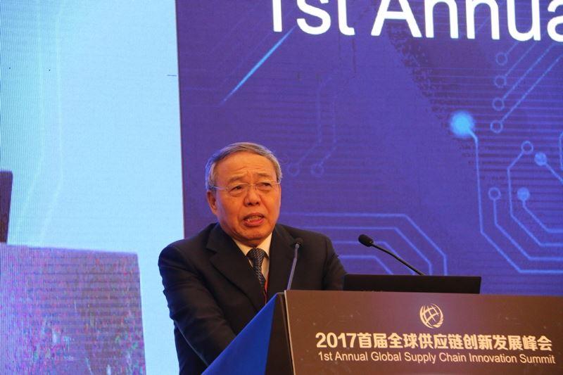 中国国际经济交流中心副理事长 郑新立