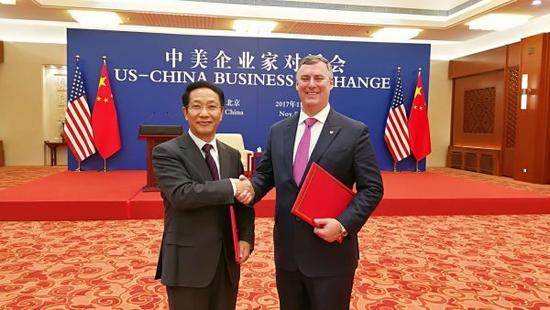 中国航材与波音签300架飞机采购协议 总价370亿美元