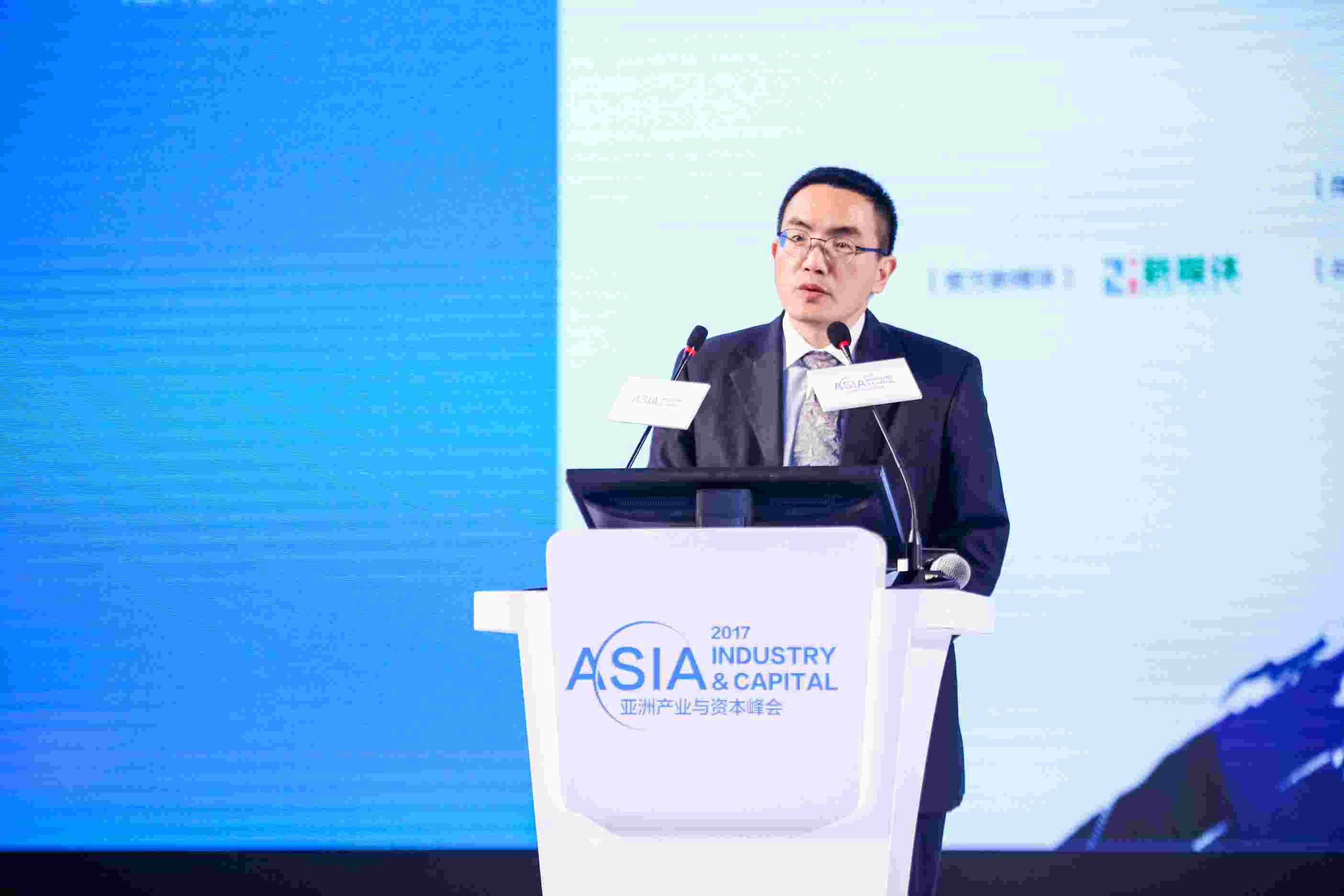 21世纪报系总编辑邓红辉:中国科技创新力量正引领世界潮流