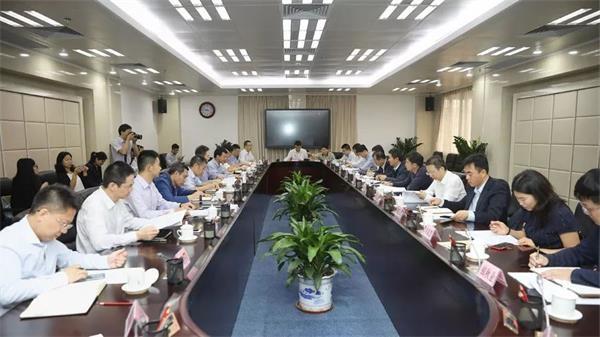 """没有""""一刀切""""的银行,如何识别好企业?记者跟随国务院财政委员会第一督导组来到广东"""