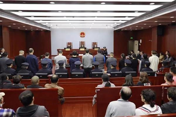 重判無期!嚴懲套路貸 上海法院對3首犯頂格判處!72名受害人被騙3200萬