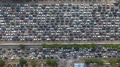 海南出现大雾大量出岛车辆滞留 海口飞广州要15小时
