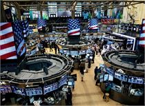 美股市场情绪高涨!三大股指全线收涨 道指涨逾1%收复25000点