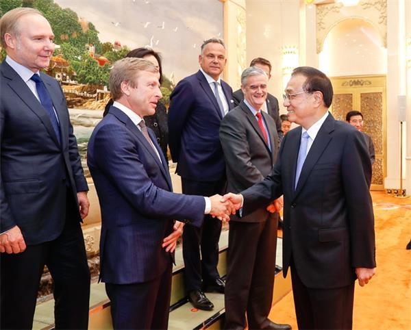 李克强:中国经济前三季度总体保持平稳运行