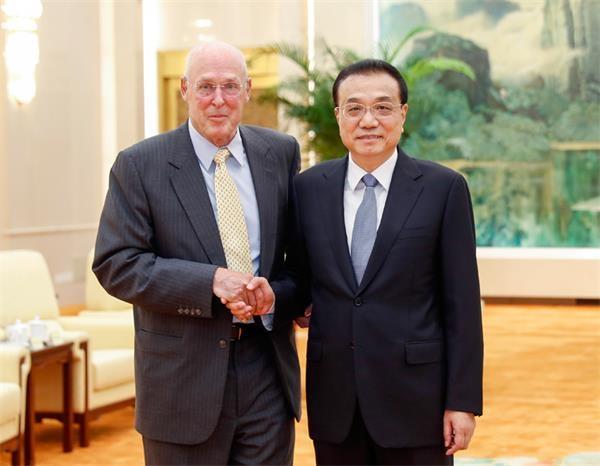 李克强会见美国前财政部长鲍尔森:中国坚定不移扩大开放