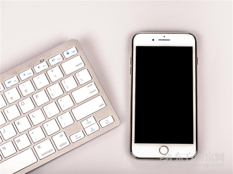 中國5G正式商用!華為Mate 30 5G手機明日開售
