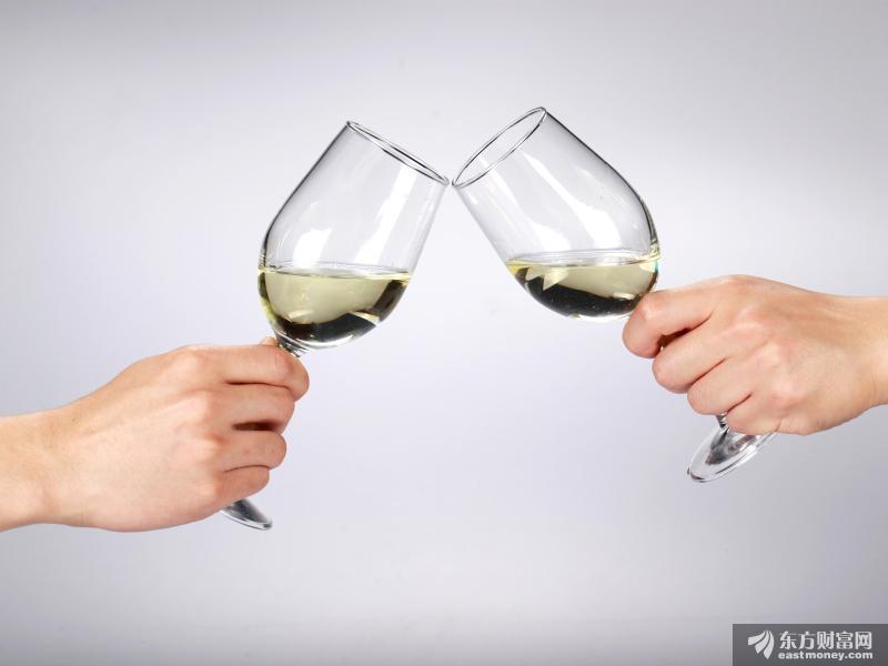 酒鬼酒发布声明回应经销商举报:未采购过甜蜜素 举报者欲谋不正当利益