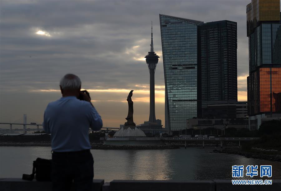 海外侨界积极评价习近平主席在庆祝澳门回归祖国20周年大会上的重要讲话