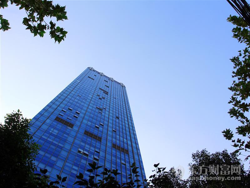 张近东宣布苏宁易购收购万达百货 上市公司表示未达到信披标准