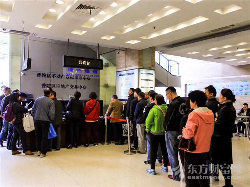 """上海购物70年:""""老字号""""重焕青春 文旅结合拓商机丨上海解放70周年"""