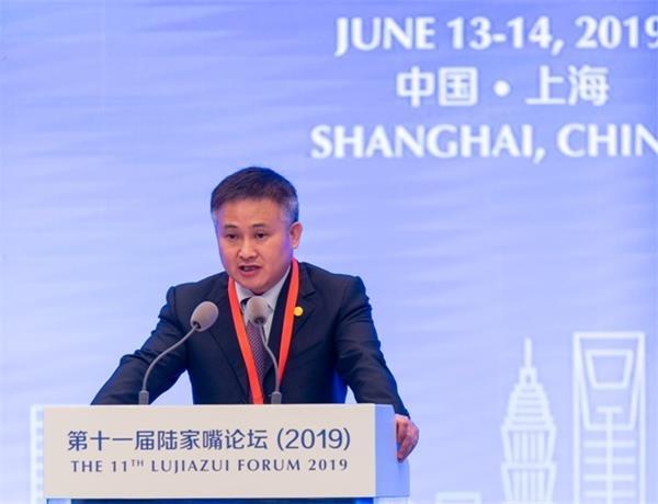 潘:我们有基础、有信心、有能力保持中国外汇市场的稳定运行
