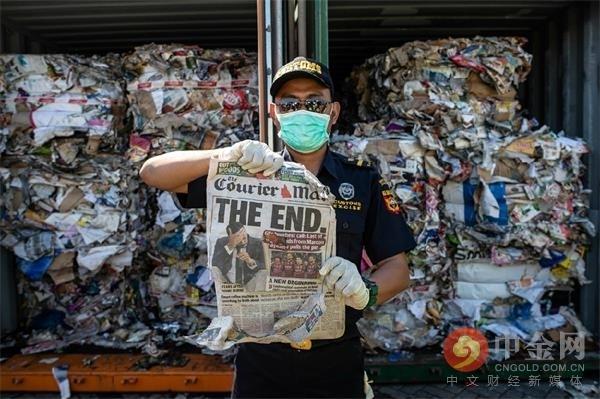 20190709-indonesia-australia-trash.jpg