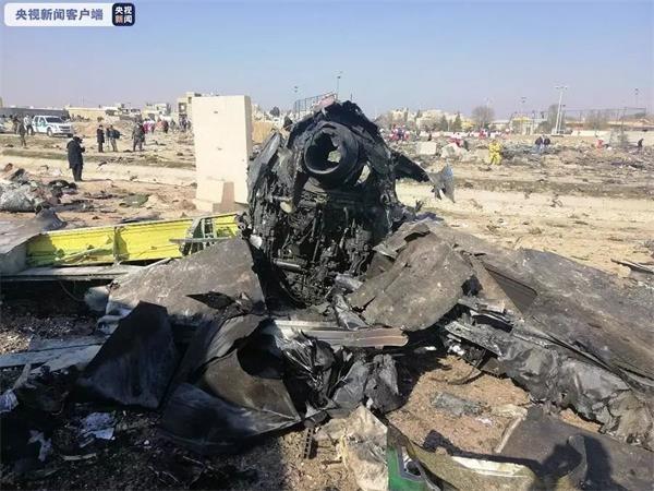 伊朗军方:由于操作失误 意外击落乌航客机