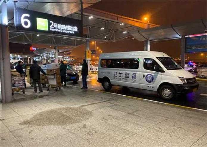 天佑逆行者 武汉我们来了!上海首批医疗队今夜出征