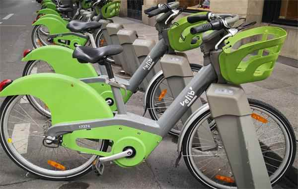 """世界哄抢_中国自行车彻底""""爆单""""!订单排到明年7月_工人每晚加班至10点"""