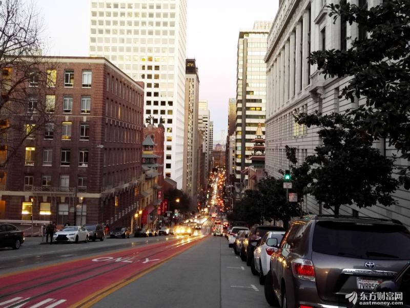 多部门力促出台刺激政策 稳定汽车消费要从哪几个地方下手?