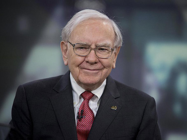 历史首次!巴菲特视频股东大会实录:5小时20大要点!这些全球投资人都在看