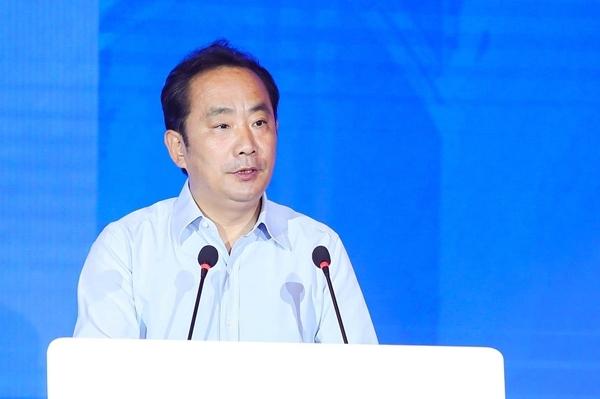 Xi市委副书记、市长李明远在2020年全球风险投资峰会上致辞