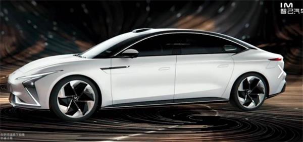 智己首款轿车亮相 是你心中汽车该有的样子吗?