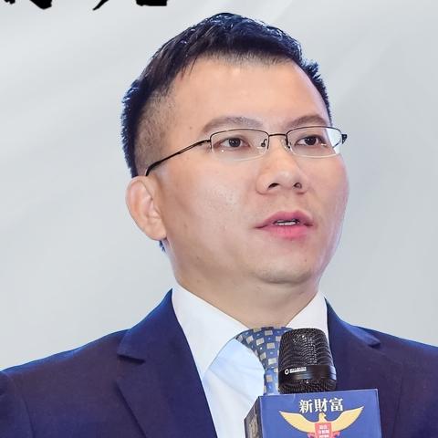 邱冠华:大浪淘沙 K型分化 银行板块将有重大级别行情